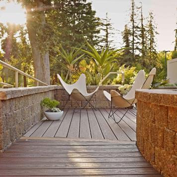 Image d'une terrasse en bois - Bois Expo