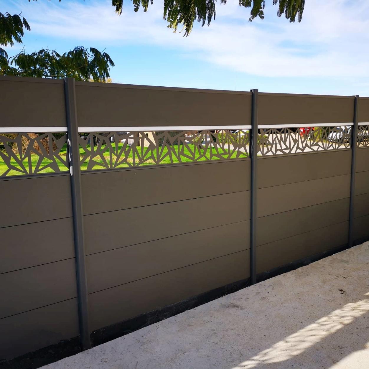 entretien clôture bois composite